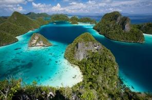 Surga di laut papua