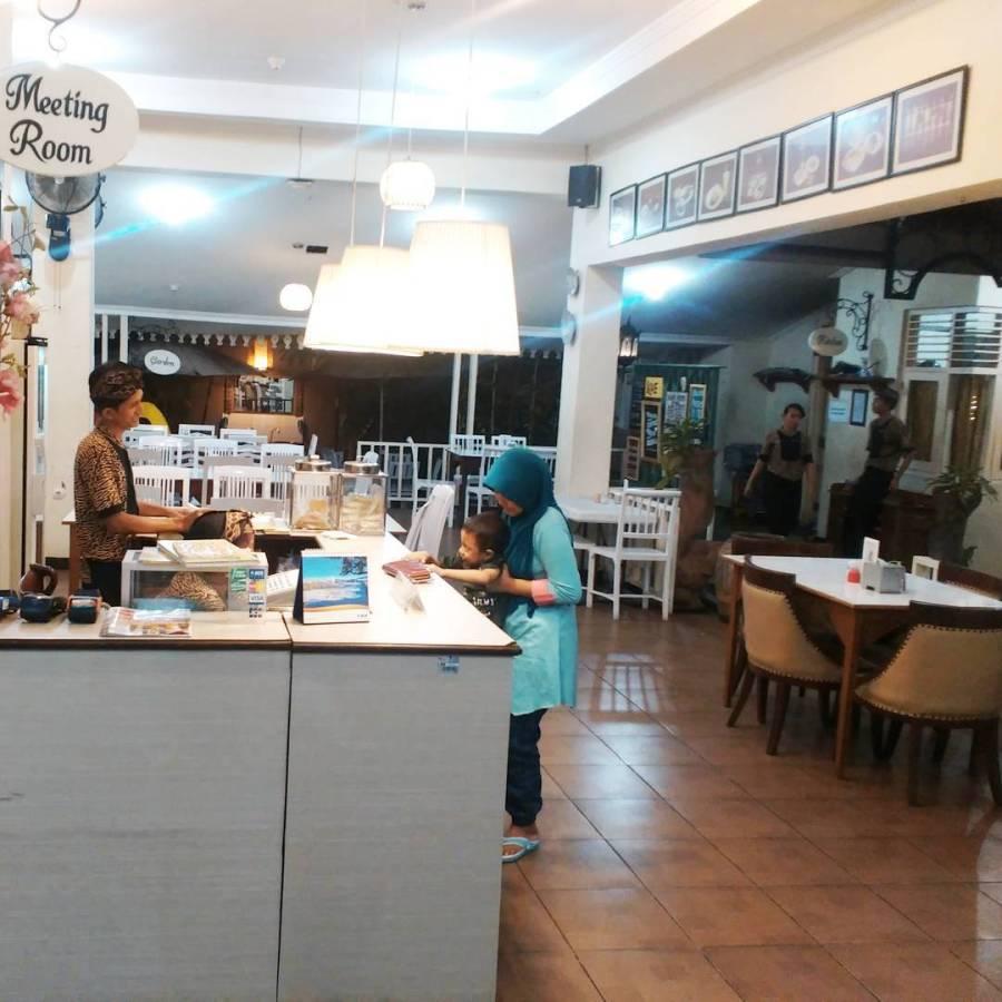 cafe di pekalongan