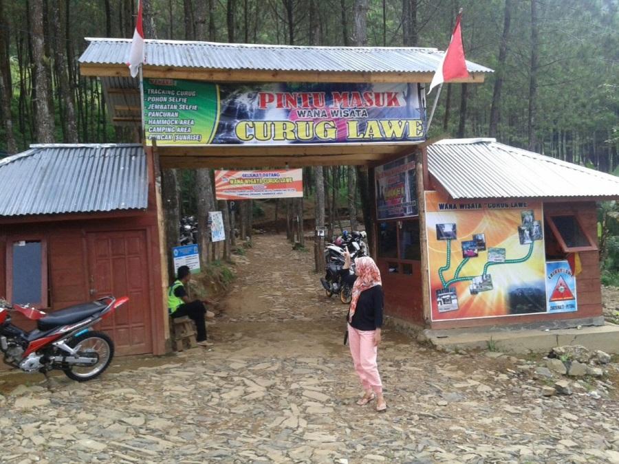 Lokasi Curug Lawe Petungkriyono Pekalongan
